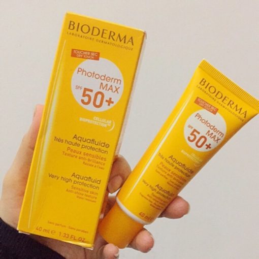 Kem chống nắng Bioderma Photoderm Max Aquafluide Dry Touch SPF50+ 3