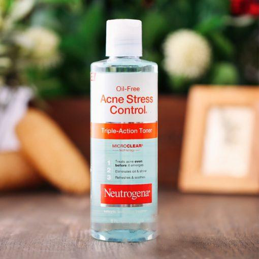 Nước Hoa Hồng Neutrogena Oil Free Acne Stress Control Triple Action 3