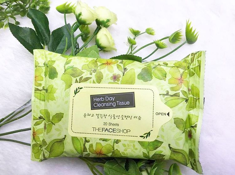 khăn ướt tẩy trang the face shop Herb Day Cleansing Tissue
