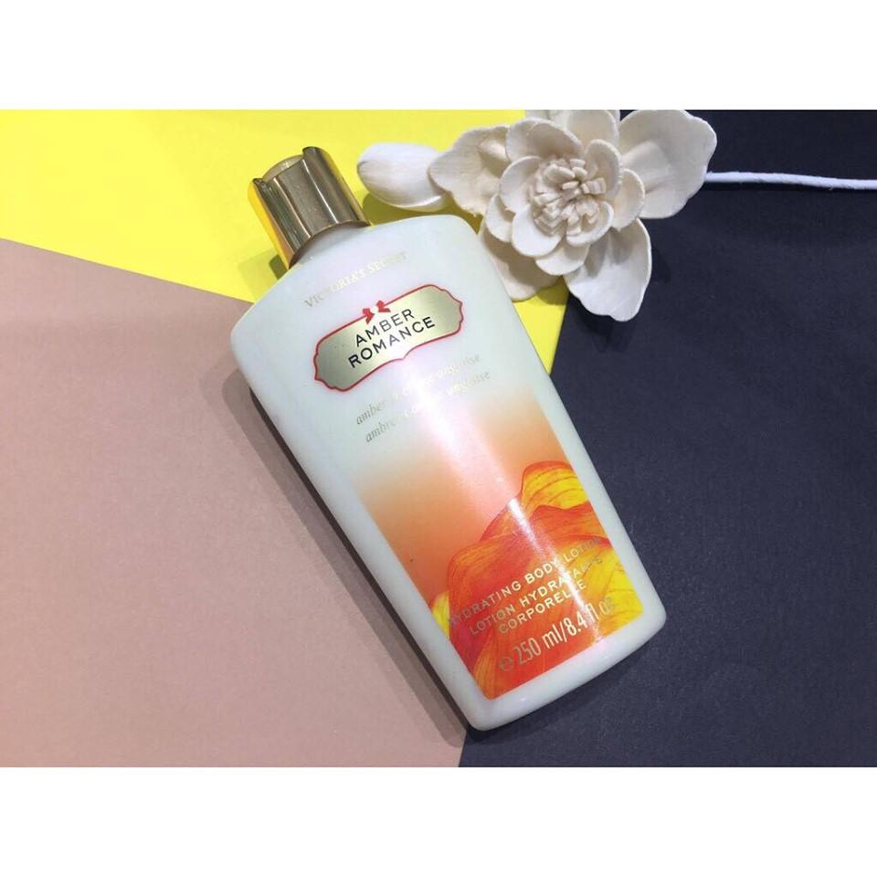sữa dưỡng mùi amber